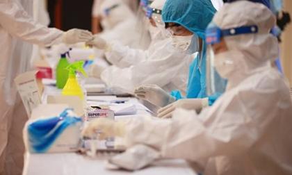 Hà Nội ghi nhận thêm 5 ca dương tính với SARS-CoV-2 trong đó có 4 học sinh lớp 12