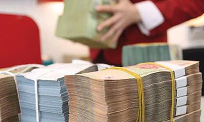 Lãi suất liên ngân hàng tăng mạnh do một vài ngân hàng lớn