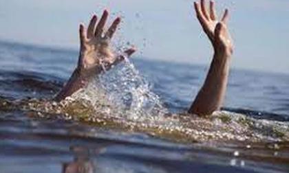 Hai nữ sinh đuối nước tử vong trong lúc chơi ở bờ sông