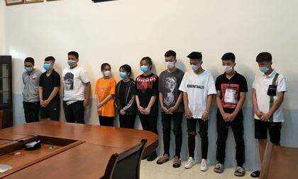 Hà Nội: Nam sinh lớp 12 dẫn đầu nhóm 'quái xế tuổi teen' chạy tốc độ gần 100km/h