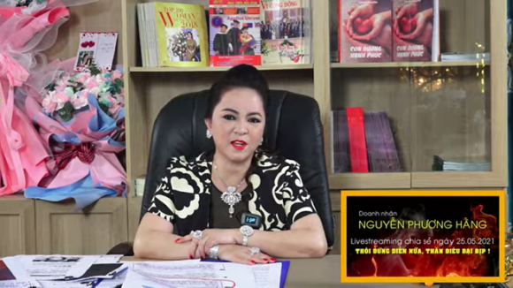 Bà Nguyễn Phương Hằng: Quyền Linh là một trong những nghệ sĩ rất đáng trân trọng - Ảnh 3.