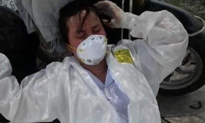 Nắng nóng hơn 40 độ, các y bác sĩ ở Bắc Giang ngất xỉu vì quá kiệt sức