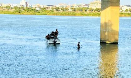 3 học sinh ở Đà Nẵng rủ nhau tắm sông, 1 em chết đuối