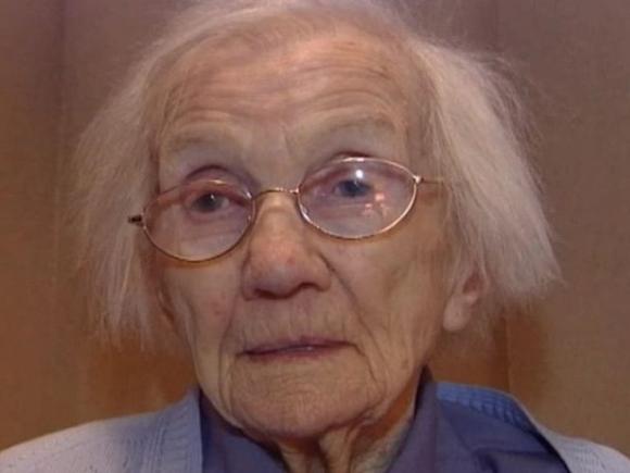 Bữa ăn của 5 người sống thọ trên 100 tuổi không ngờ lại rất quen thuộc và bình dân