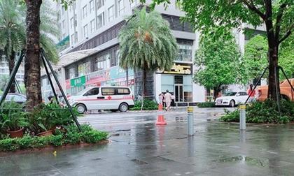 Hà Nội: Người phụ nữ rơi từ tầng 18 chung cư cao cấp tử vong thương tâm
