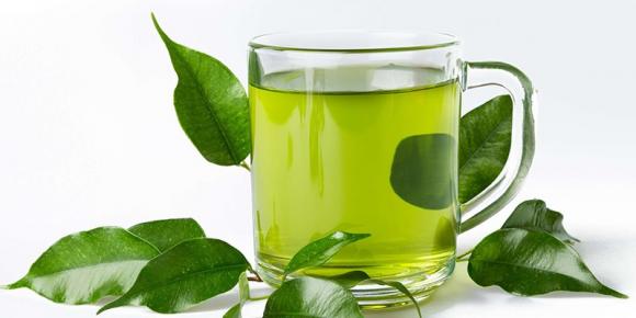 Bác sĩ tiết lộ: Uống trà xanh đúng giờ này giúp lọc sạch độc tố trong cơ thể sống trường thọ