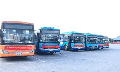 20 xe buýt đến tâm dịch Bắc Giang đón gần 290 người về Hà Nội