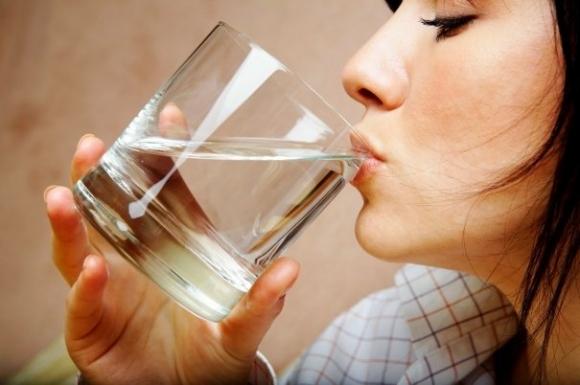 4 loại nước tuyệt đối không uống ngay sau ăn, sẽ làm tổn thương nội tạng nặng nề