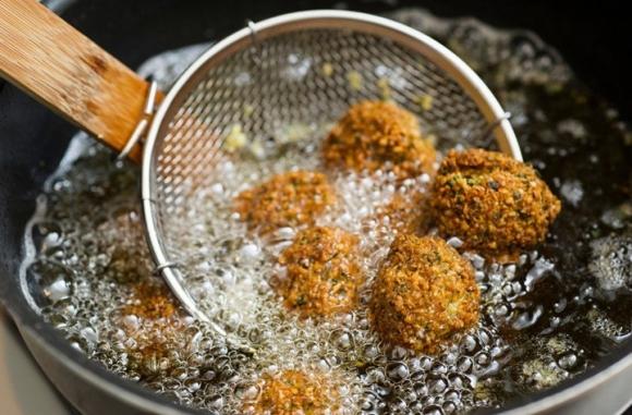 5 thực phẩm khiến gan 'nát bấy', toàn món quen thuộc với người Việt