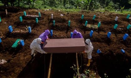 Chuyên gia cảnh báo: Nguy cơ sản sinh siêu biến chủng nguy hiểm hơn cả Delta tại 'vườn ươm' Indonesia