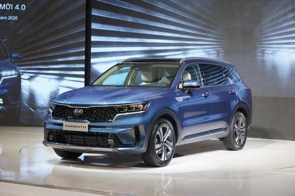 Kia Sorento 2021 thêm trang bị, giá giảm còn dưới 1 tỷ đồng, cạnh tranh Hyundai Santa Fe - Ảnh 2.