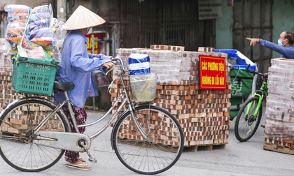 Hà Nội: Phát hiện thành viên đội tự quản trật tự phường dương tính SARS-CoV-2, cách ly 1 phường