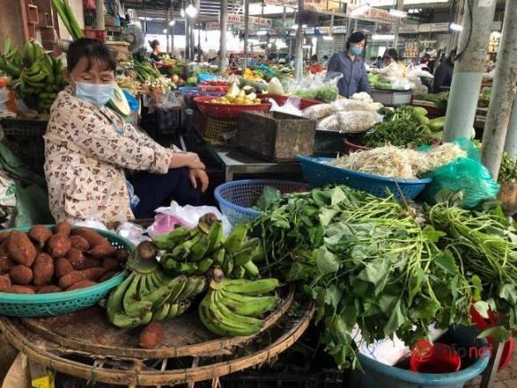 4 chợ đầu mối lớn nhất Hà Nội đóng cửa khiến giá các loại thực phẩm rau, thịt cá có chiều hướng tăng nhẹ