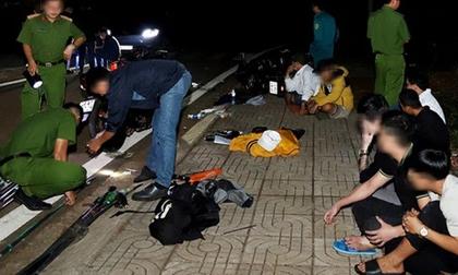 Sau ly rượu cảm ơn vì giúp người gặp nạn, 2 nhóm thanh niên hỗn chiến khiến 1 người chết, 1 người bị thương