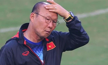 Thầy Park nhận tin dữ, trung vệ ĐT Việt Nam chấn thương nặng sau trận gặp Australia