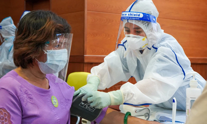 Bộ Y tế: Không cần đo huyết áp tất cả người tiêm vắc xin COVID-19
