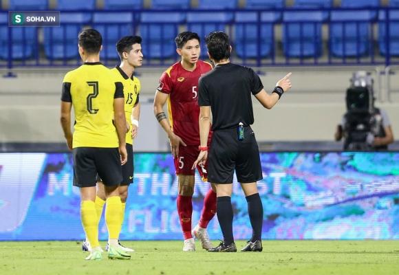 NÓNG: Văn Hậu phải mổ lại đầu gối, nguy cơ lỡ hẹn với tuyển Việt Nam ở vòng loại World Cup - Ảnh 1.