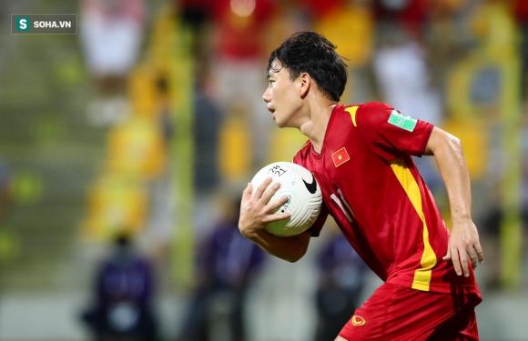 NÓNG: ĐT Việt Nam nhận liền 2 tin dữ, vắng trụ cột quan trọng khi quyết đấu Trung Quốc - Ảnh 2.