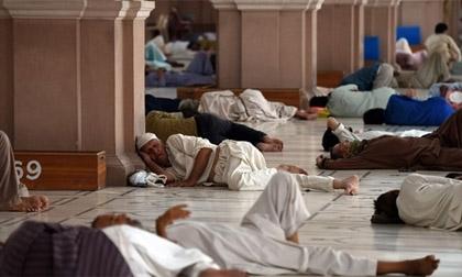 Pakistan 'cuồng loạn' với nắng nóng