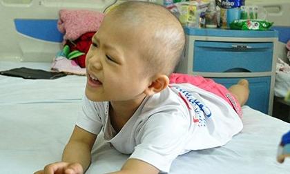 Ảnh: Cuộc chiến chống ung thư của những em bé 'đầu trọc'