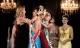 Á hậu lao vào cướp và quăng vương miện của Hoa hậu Amazon 2015