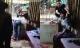 Giải cứu phụ nữ bị một con nghiện khống chế bằng dao bầu