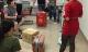 Hành khách VietJet Air bức xúc vì bị lục tung đồ, mất nhiều hành lí có giá trị trong vali