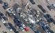 Anh: Máy bay rơi xuống trung tâm đấu giá xe hơi, 4 người thiệt mạng