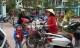 Nghệ An: Phụ huynh phải đón con sớm để cô giáo đi ăn cưới