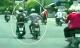 Nữ sinh kéo tên cướp điện thoại ngã khỏi xe máy