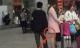 Những hành vi biến thái không thể ngờ nơi công cộng khiến phụ nữ phải giật mình