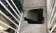 Bé trai 6 tuổi lọt qua sàn tầng 1 rơi xuống hầm để xe