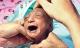 Bố mẹ nhẫn tâm bỏ đói đến chết con gái 2 tuần tuổi vì con có ngoại hình khác thường, may mắn thay vị cứu tinh đã xuất hiện