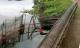 Bàng hoàng phát hiện thi thể đôi nam nữ dưới hồ câu cách nhau 10m