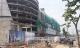 Rơi từ công trình trung tâm thương mại ở Sài Gòn, ba công nhân trọng thương