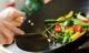 6 kiểu chế biến rau, củ là 'sát thủ' hàng đầu với sức khỏe, mời cả ung thư về nhà