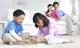 Những cách ứng xử của bố mẹ ảnh hưởng tiêu cực đến trẻ