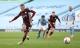 Hat-trick của Jamie Vardy nhấn chìm Man City, Ngoại hạng Anh hốt hoảng