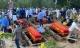Tang thương cảnh 4 quan tài chôn cạnh nhau trong vụ cháy phòng trà 6 người tử vong
