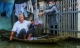 Hà Nội: Hàng trăm hộ bị ngập sâu nhiều ngày, người dân dùng thuyền để đi lại