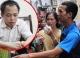 Vì sao kẻ khống chế con tin ở Hà Nội thả bớt người và đòi gặp vợ?