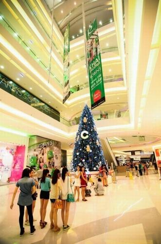 Chùm ảnh Sài Gòn nô nức đón Giáng sinh
