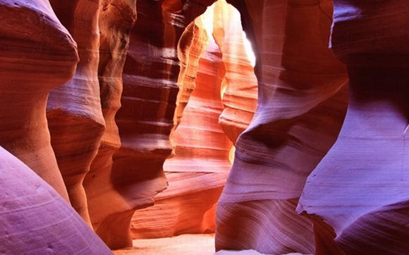Ngắm những quang cảnh thiên nhiên 'màu mè' nhất thế giới